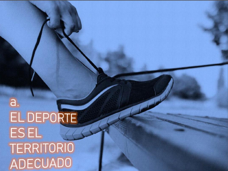 Deporte territorio adecuado – Atándose zapatilla
